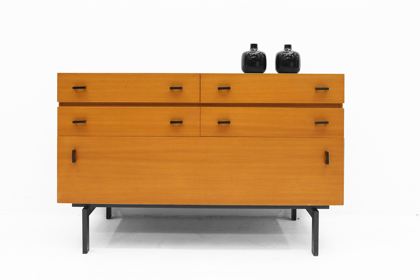 Chest of drawers for office or home