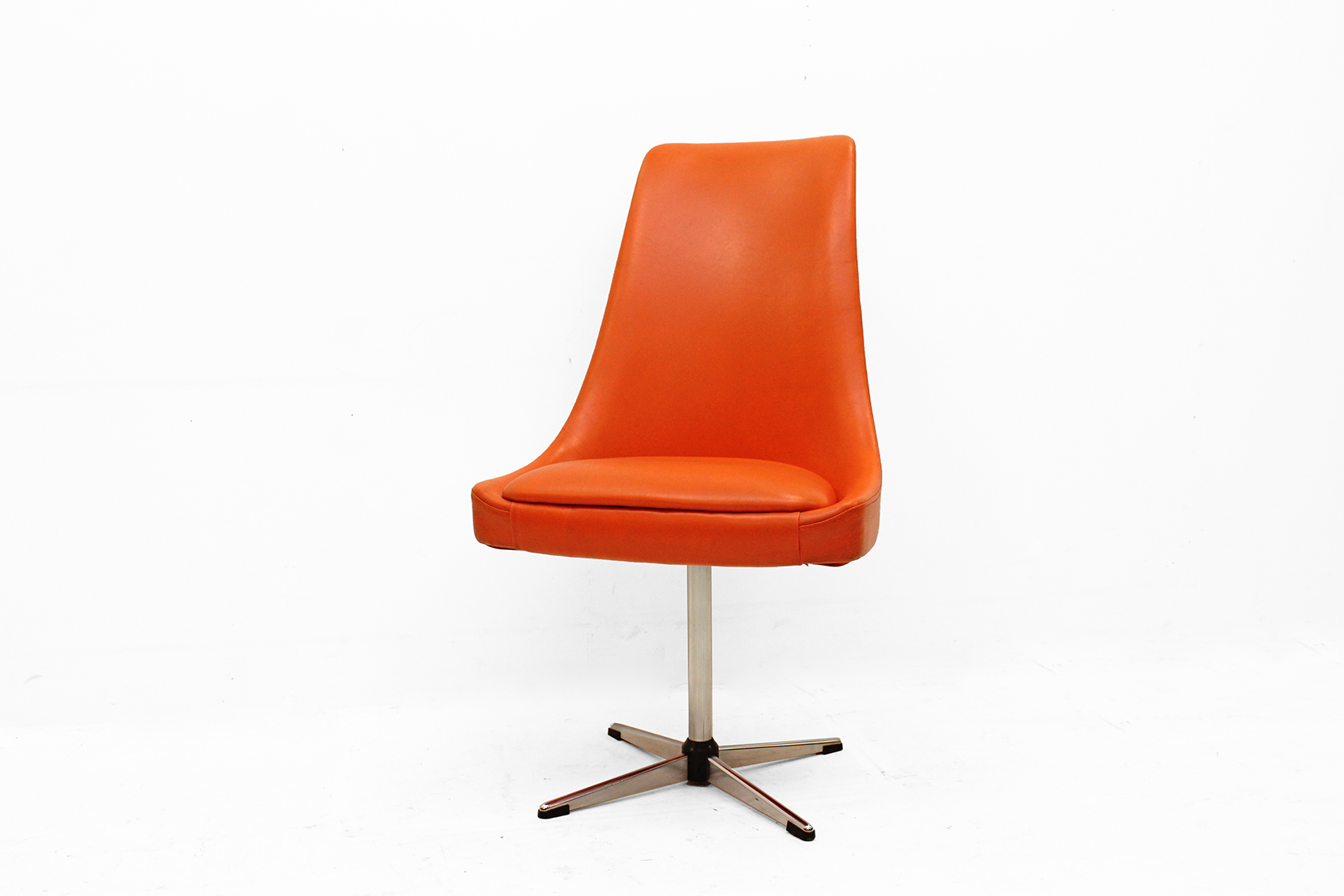 Orange seventies swivel chair