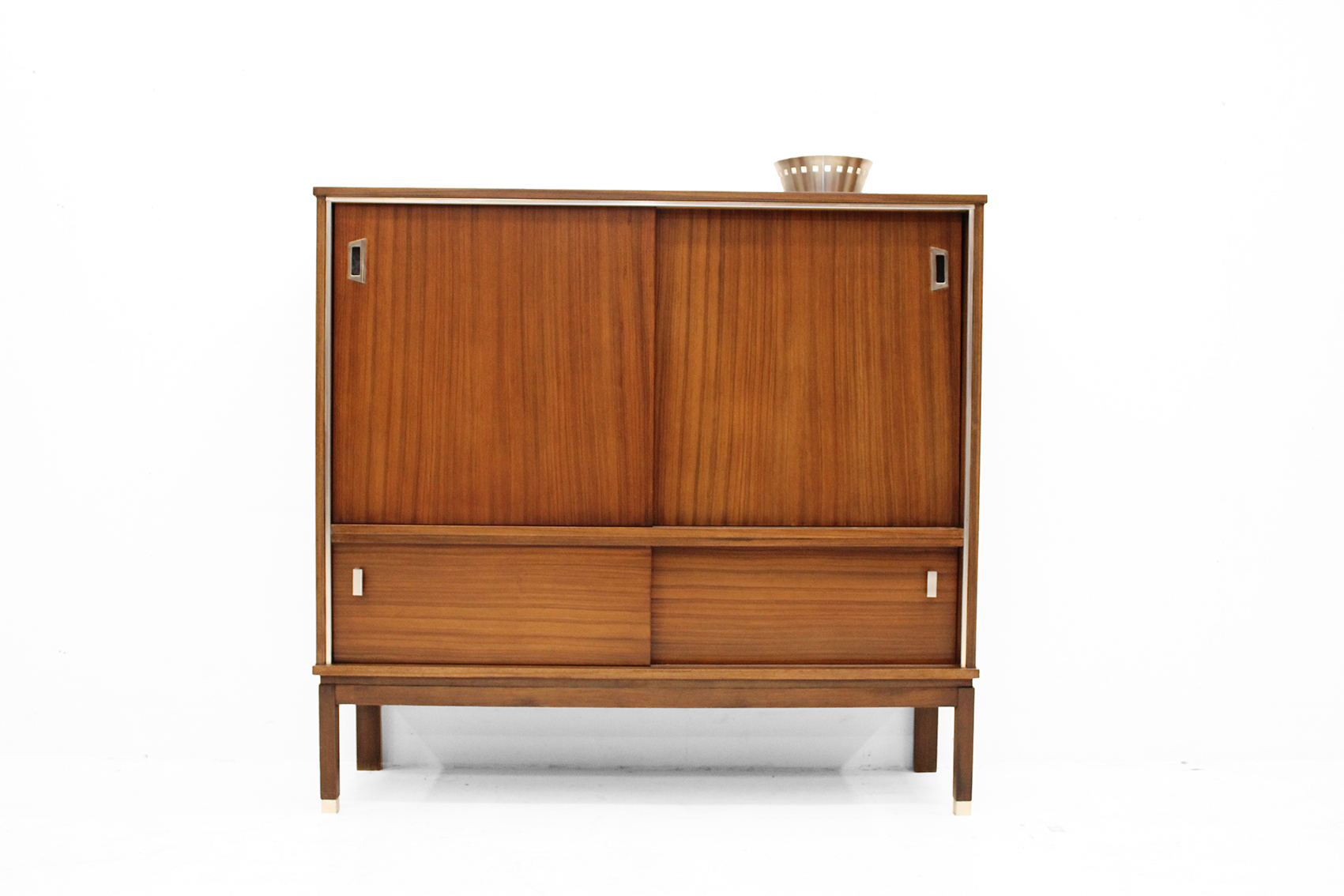 design barcabinet in indian rosewood