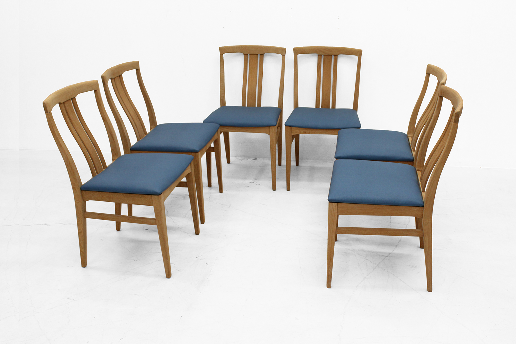 Set of six chairs in natural light oak