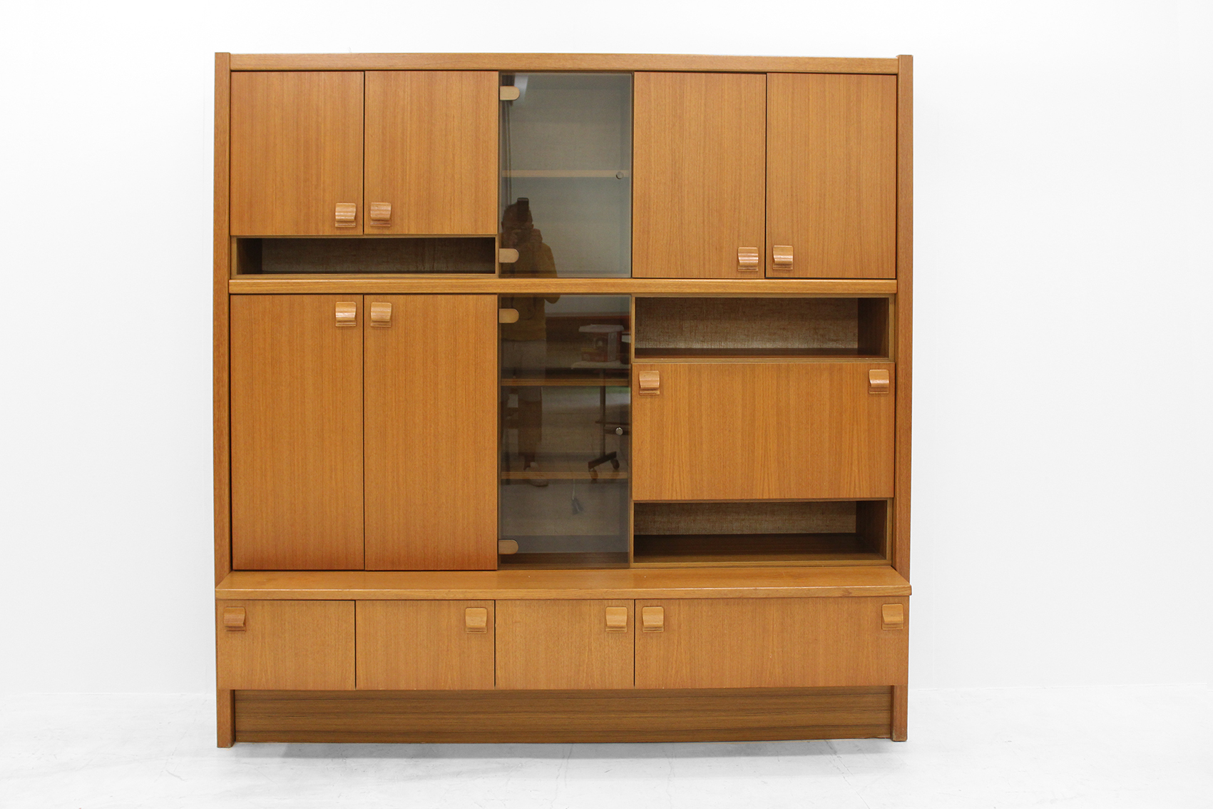 Wall cabinet for office or living room