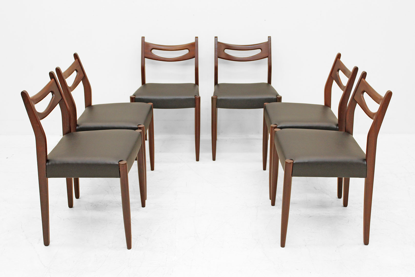 set of six chairs by VP (Van pelt)