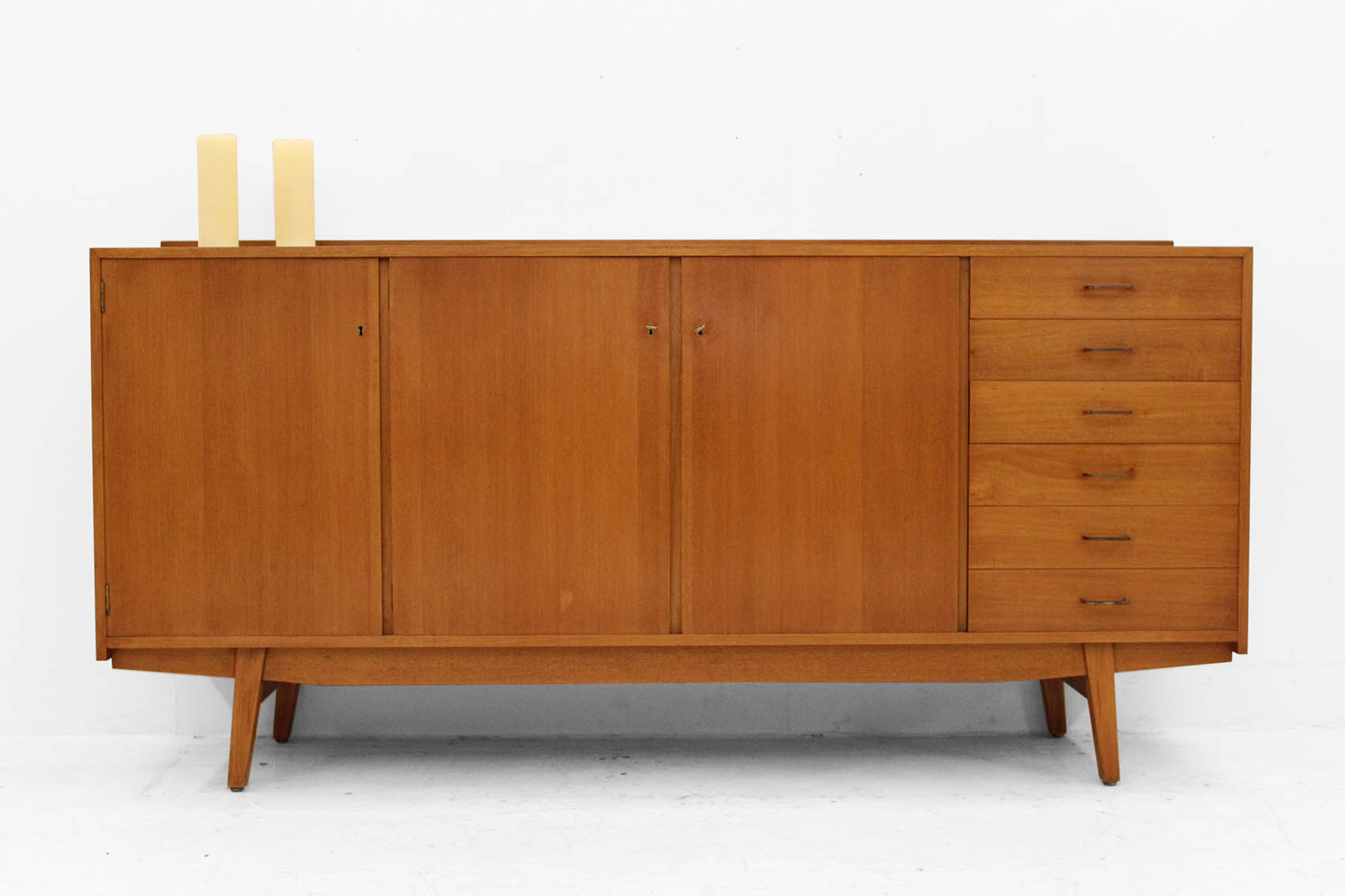 Late fifties lowboard by Van den Berghe Pauvers. Nutwood.